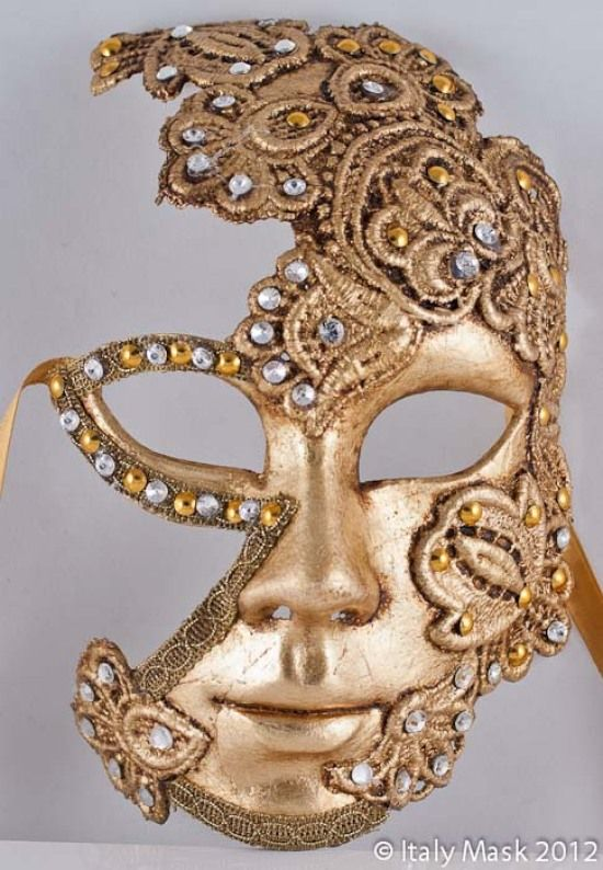 I love the shape and form in this mask- and the fact that it doesn't have too many intricate details but still is elegant