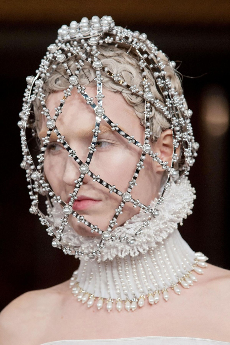 Alexander McQueen Fall 2013 RTW Collection - Fashion on TheCut
