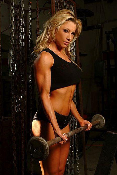 ojoj... dal by som si povedať :P ženy, ktoré cvičia sú brutaaalneee!! goo.gl/kjYyHY
