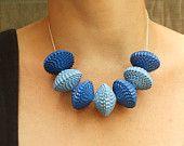 Verano Azul Declaración Collar - Joyería de papel, bolas de papel en el collar de plata, Verano azul de cielo collar con cuentas, Regalos, Babelfish 44.19€