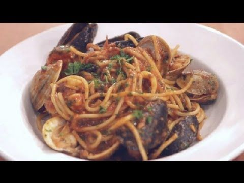 ▶ How to Prepare Pasta Frutti Di Mare : Italian Dishes - YouTube