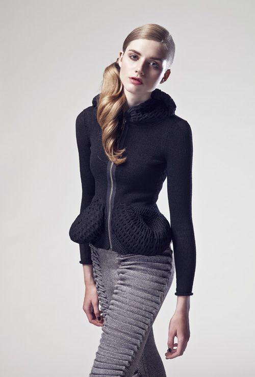 RAGNE KIKAS, works: Preview Dress Code Defensive