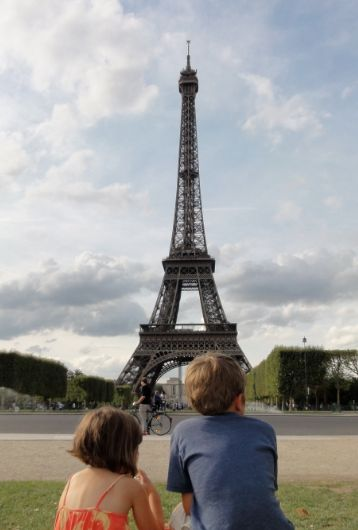 paris with kids - a guide to finding all things wonderful in paris, france with babies, toddlers and children of all ages