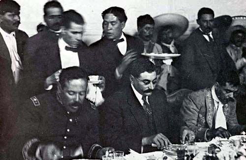 Galeria de la Revolucion Mexicana Eulalio Gutierrez presiente provisional, Villa y Zapata