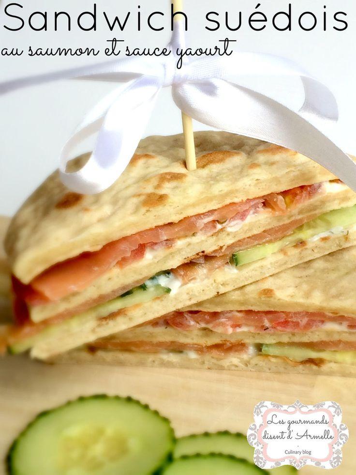 Sandwich suédois au saumon et sauce yaourt