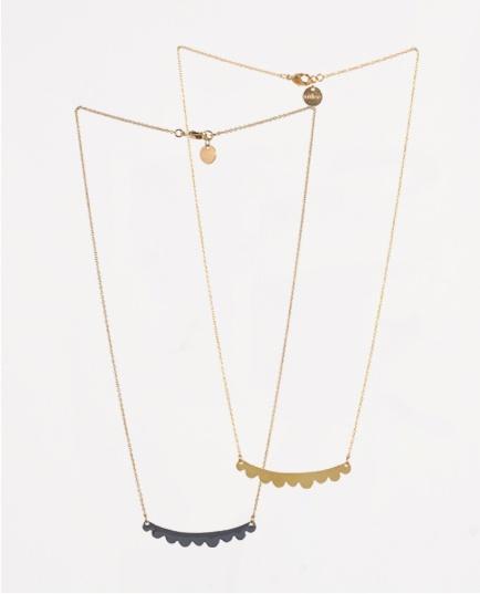 Mulberry necklace  Titlee Disponible chez les Voltigeuses 45 rue des Petites Ecuries 75010 Paris