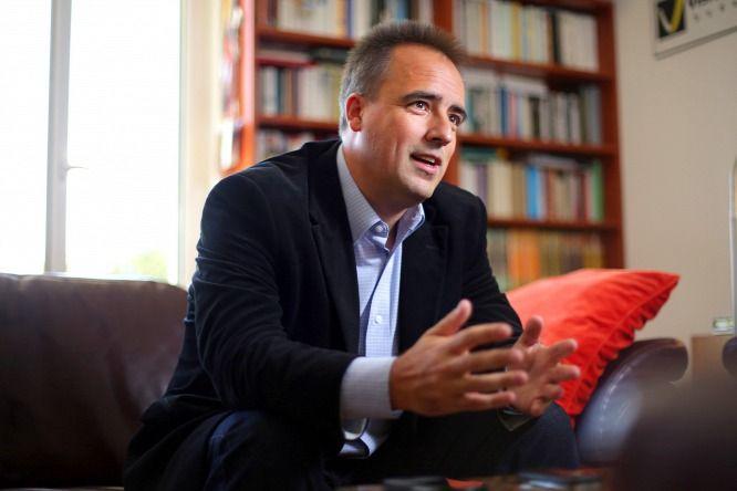 Gyakorlatilag+megfenyegette+Orbánt,+ha+nem+távozik,+akkor+napokon,+heteken+belül+kompromittáló+felvételek+kerülnek+nyilvánosságra+róla+és+a+családjáról.