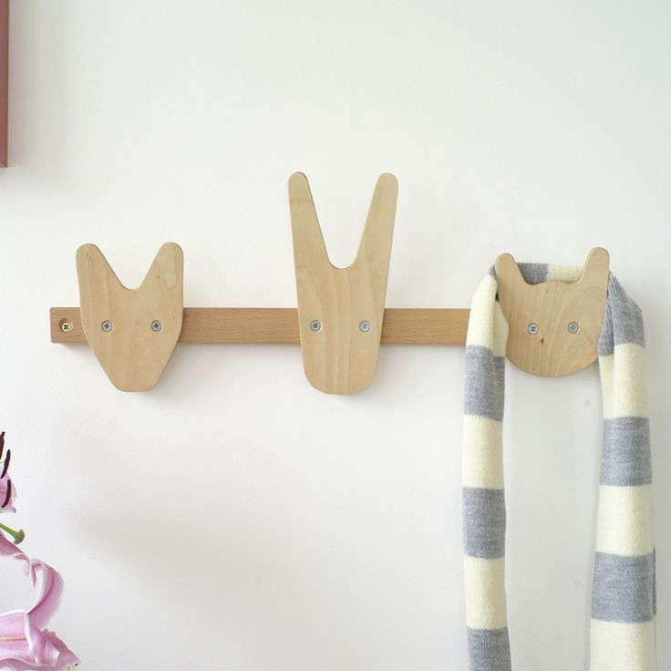 Animals of Whittling Wood by All Lovely Stuff. A beautiful natural coat rack with fox, rabbit and cat profiles. This makes a prefect gift, ideal for a nursery, kid's room or hallway. Made from solid beechwood and beech plywood. Made in EU 50 × 6 x H 15.5mm
