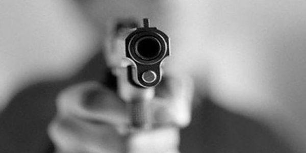 Jovem é morto com tiros na cabeça e pernas em bar do N-10 em Petrolina