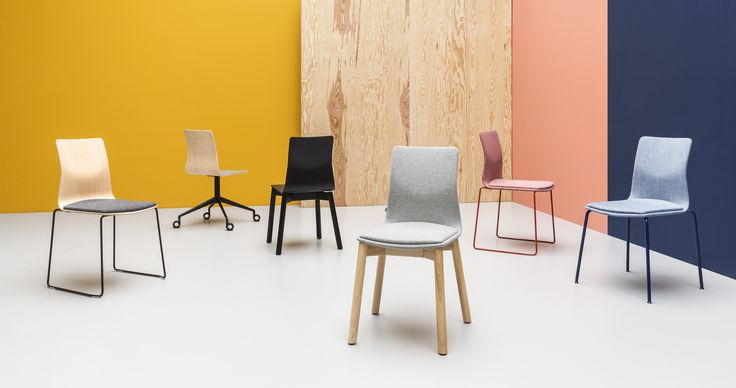 LINAR PLUS #chairs, designed by #PiotrKuchciński with a smooth line connected seat with backrest. NEW in 2016 #upholsteredchairs #officechairs #restaurantchairs #cafechairs #diningroomchairs