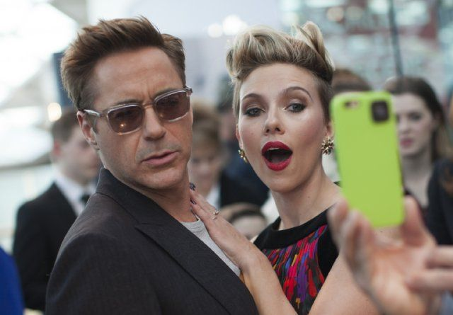 Robert Downey Jr. and Scarlett Johansson at event of Marvel's The Avengers 2: Age of Ultron (2015)