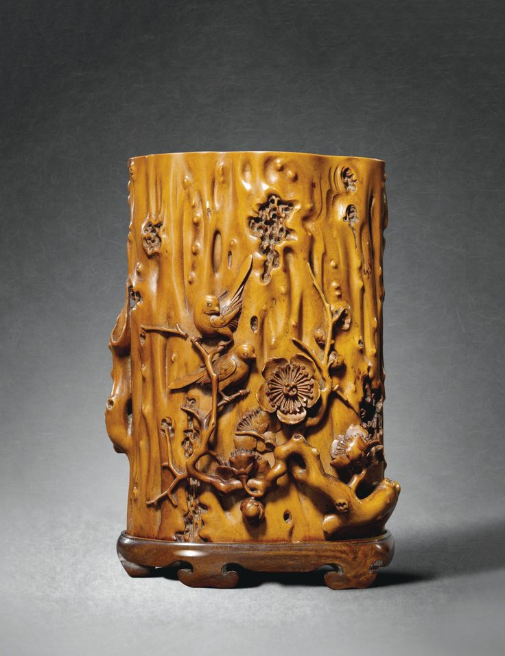BOXWOOD 'MAGPIES AND PRUNUS' BRUSHPOT BY TANG ZU QING DYNASTY, 17TH / 18TH CENTURY