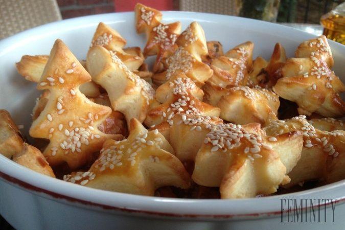Tieto chrumkavé slané pagáčiky si zamilujete. Sú jednoduché, rýchle a veľmi chutné. Rudolf Héger pozná recept, ako si ich doma vyrobiť, tak poďme na to.