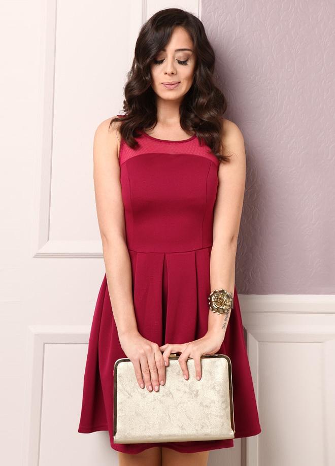 Playmax Elbise Markafoni'de 89,90 TL yerine 39,99 TL! Satın almak için: http://www.markafoni.com/product/3039043/