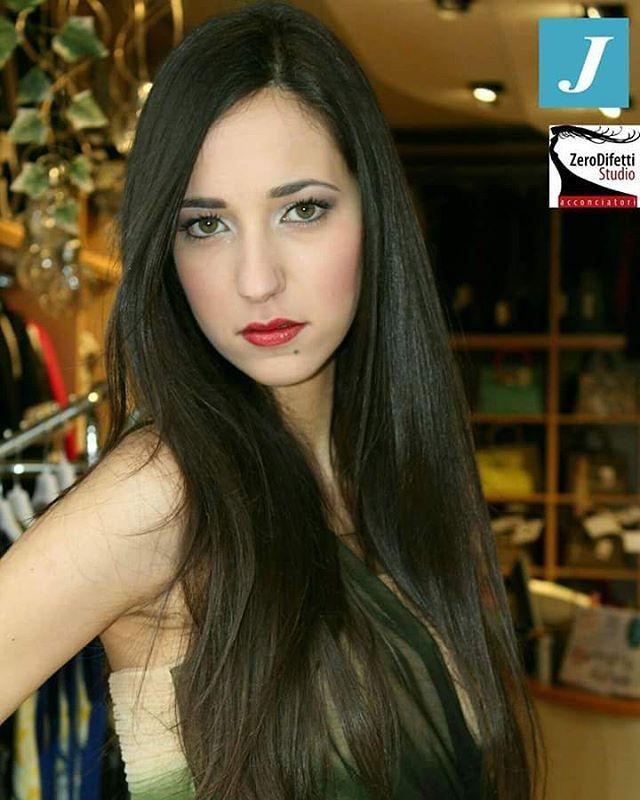 Shooting CDJ! Stile ed eleganza di chi indossa il Degradè Joelle #degradejoelle #hair #hairstyle #instahair #wellaprofessional #hairstyles #haircolour #haircolor #hairdye #hairdo #haircut #braid #fashion #straighthair #longhair #style #straight #curly #black #brown #blonde #brunette #hairoftheday #shatush #braidideas #perfectcurls #hairfashion #balayage #coolhair #Matera