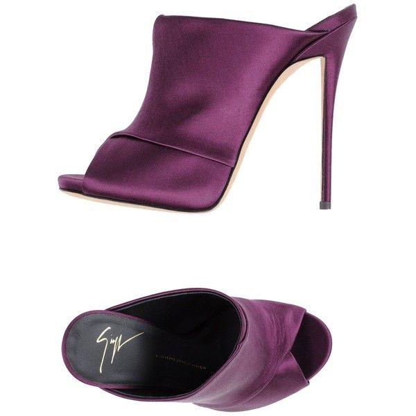 Giuseppe Zanotti Design Sandals (6.803.400 IDR) ❤ liked on Polyvore featuring shoes, sandals, purple, giuseppe zanotti shoes, leather sole sandals, animal shoes, round toe shoes and purple sandals