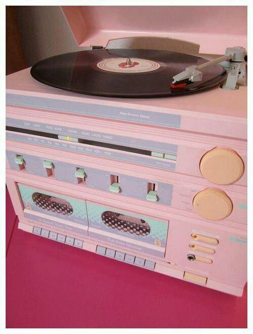 Pin Chloe Retro Love Pink Aesthetic Record Player Pastel