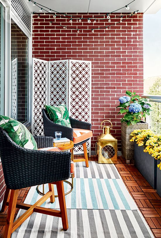 Style your small outdoor space with bright patterns and elements urbanbalcony