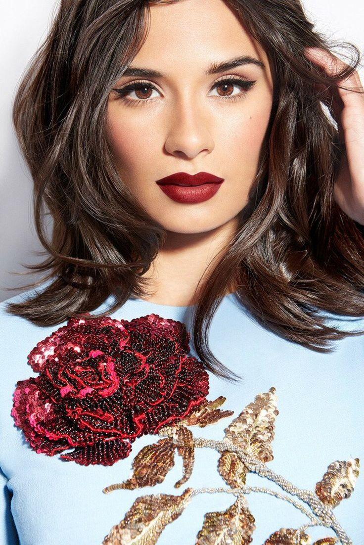 Diane Guerrero (Maritza Ramos in Orange Is the New Black) For more visit: www.charmingdamsels.tk