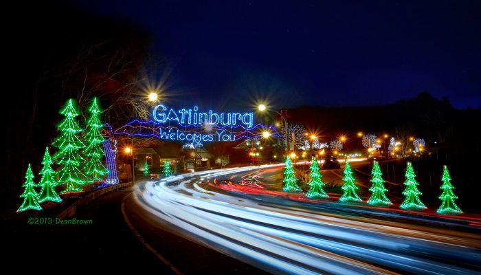 Visiting Gatlinburg in December in 2020 | Gatlinburg christmas, Smoky mountain christmas ...