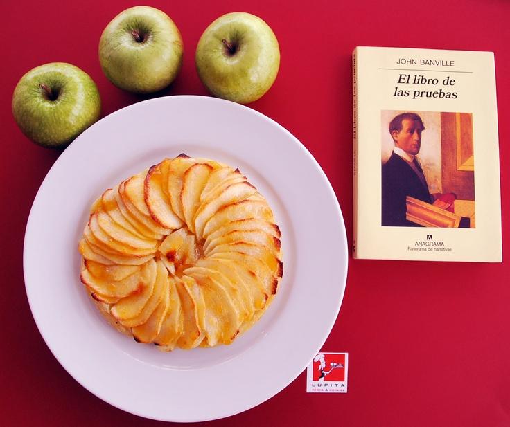 """Tarta de manzanas según la receta de Gordon Ramsay y """"El libro de las pruebas"""", de John Banville."""