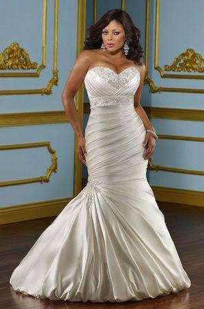 "Robe de mariée ""Lover"" collection ""Jolies Formes"" http://www.robe-discount.com/achat-robe-de-mariee-grande-taille-bustier-sirene-pas-chere-387472.html Wedding dress plus size bridal dresses"