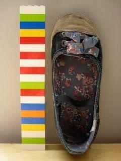 Werken met concreet materiaal: hoe groot is jouw schoen? Hoe kun je dat vergelijken met de schoen van iemand anders?