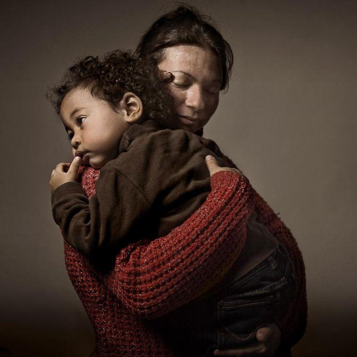 Mira Este Poema a las Madres     Ver>>>  https://youtu.be/gkOl6etCnzI       #DiaDeLasMadres