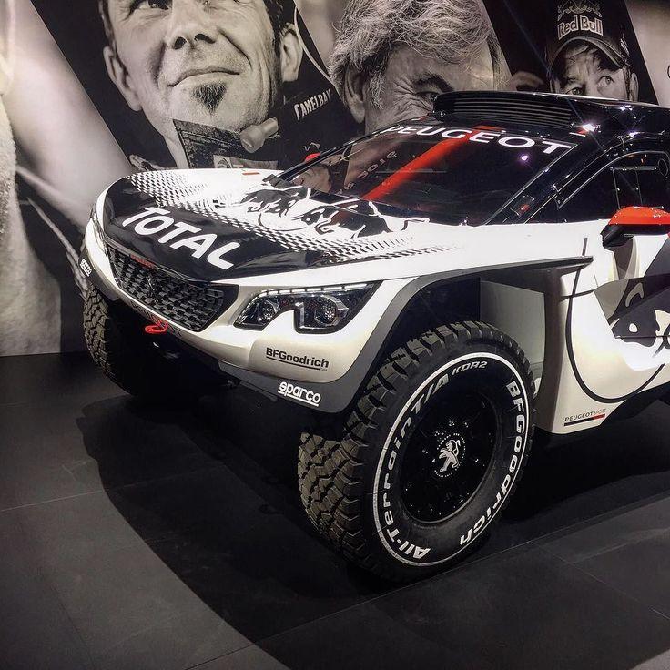 La nouvelle Peugeot sport 3008 DKR prête pour affronter les dunes ! #mondialauto #automotive #peugeot #dakar #3008 #voiture #sport #cars #instacar