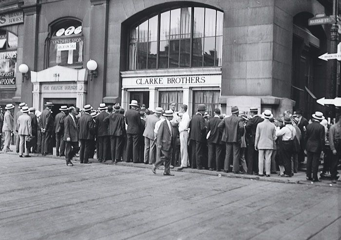 """During the Depression, there were """"runs"""" on banks, when depositors panicked and tried to take out all their money. Banks were forced to close, and many depositors lost all their savings. In 1933, Roosevelt declared a bank holiday, closing all the banks in the country for four days. Government employees investigated the banks to figure out which ones were well managed. Only the well-run banks were allowed to reopen. People began to feel more confident in the banks. 