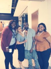 "Kim Kardashian Gives Teen ""Best Moment"" Of Her Life at Kanye West Concert (PICS)"