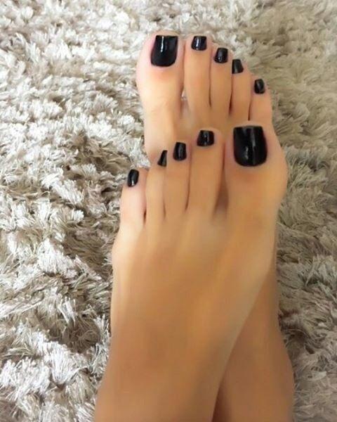sexy girls with black toenail polish
