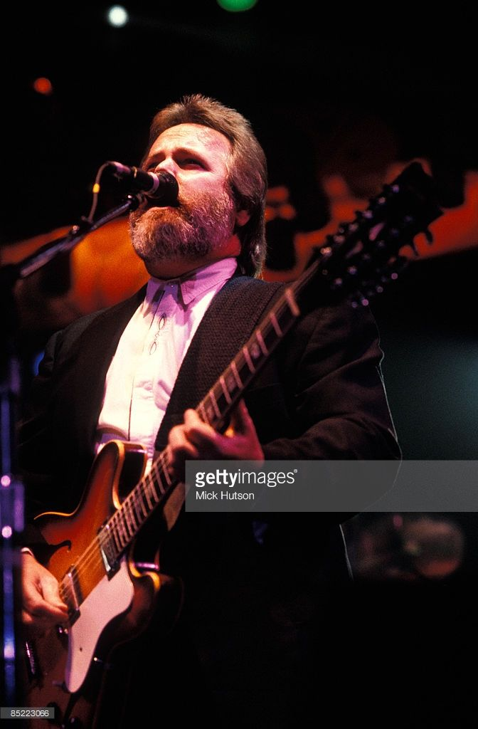 Photo of Carl WILSON and BEACH BOYS; Carl Wilson