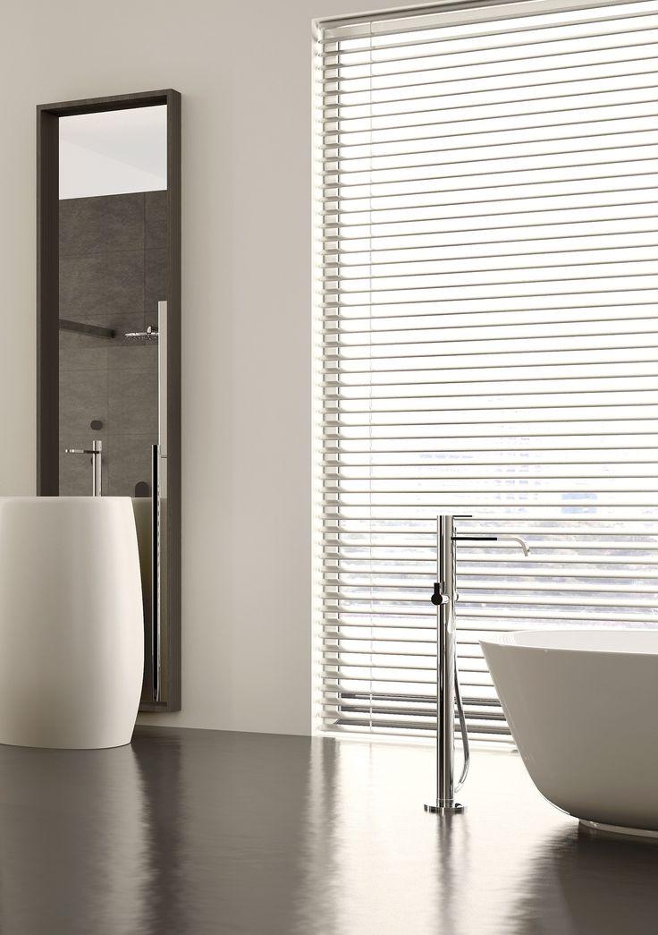 147 best images about badkamer on pinterest toilets villas and water water - Moderne badkamer betegelde vloer ...