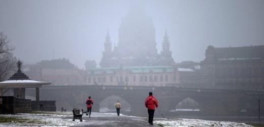 Deutschlandwetter: Dunkelster Winter seit 43 Jahren    Trüb und grau seit Monaten, keine Sonne in Sicht. Wetterdaten zeigen, dass dieser Winter der dunkelste seit langem ist. Wahrscheinlich bricht er in den nächsten Tagen sogar den Negativrekord.