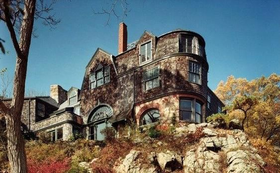 Beverly's historic Loring House – designed by William Ralph Emerson and currently owned by the co-inventor of the robotic vacuum cleaner known as the Roomba – will be demolished.
