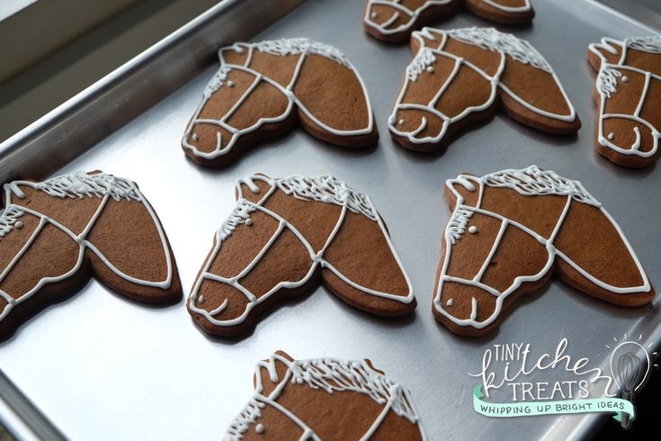 Gingerbread horse cookies