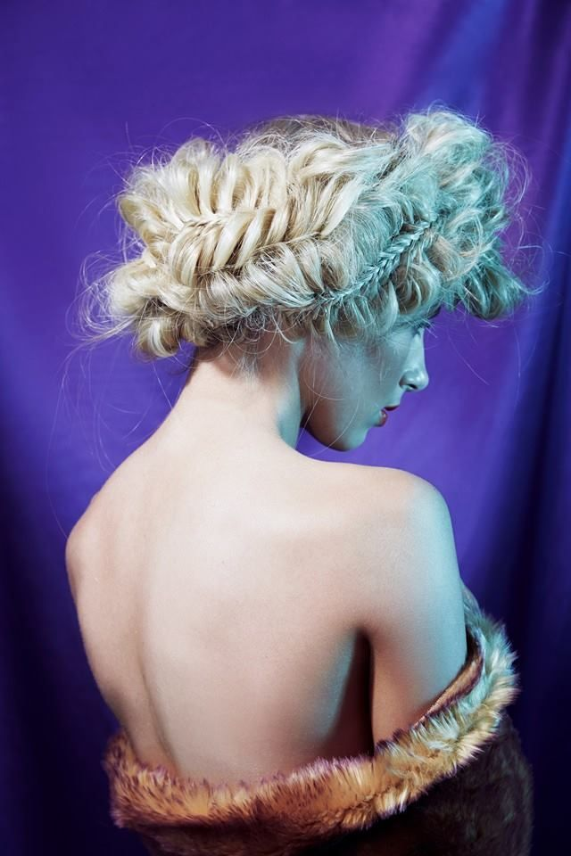 #sienna #siennamiller #jeniferlawrence #hungergames #soft #beautiful #frizzy #fluffy #braids #fishtailbraid #boho #bohemian #hair #hairstyling #blonde #updo #hairup #allure #allurecollection #iwantthathair #hairstyle