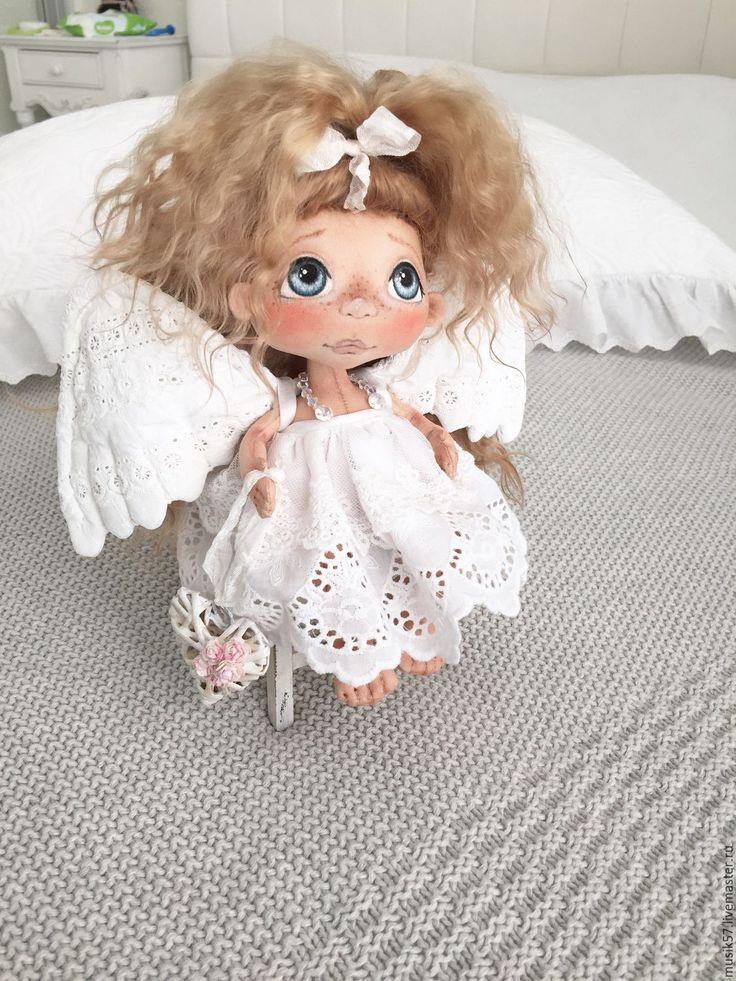 Купить Ангелошка с сердечком (авторская работа) - белый, кукла ручной работы, кукла, кукла в подарок