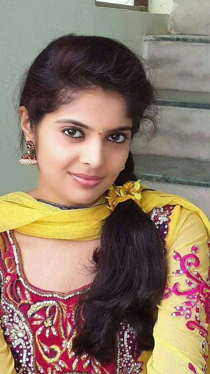Vadapalani Packers And Movers In Chennai  Beautiful Girl -9687