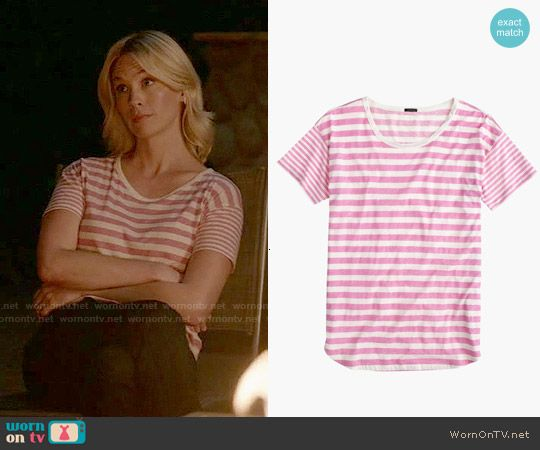 Melissa's pink striped t-shirt on Last Man on Earth.  Outfit Details: http://wornontv.net/53262/ #LastManOnEarth