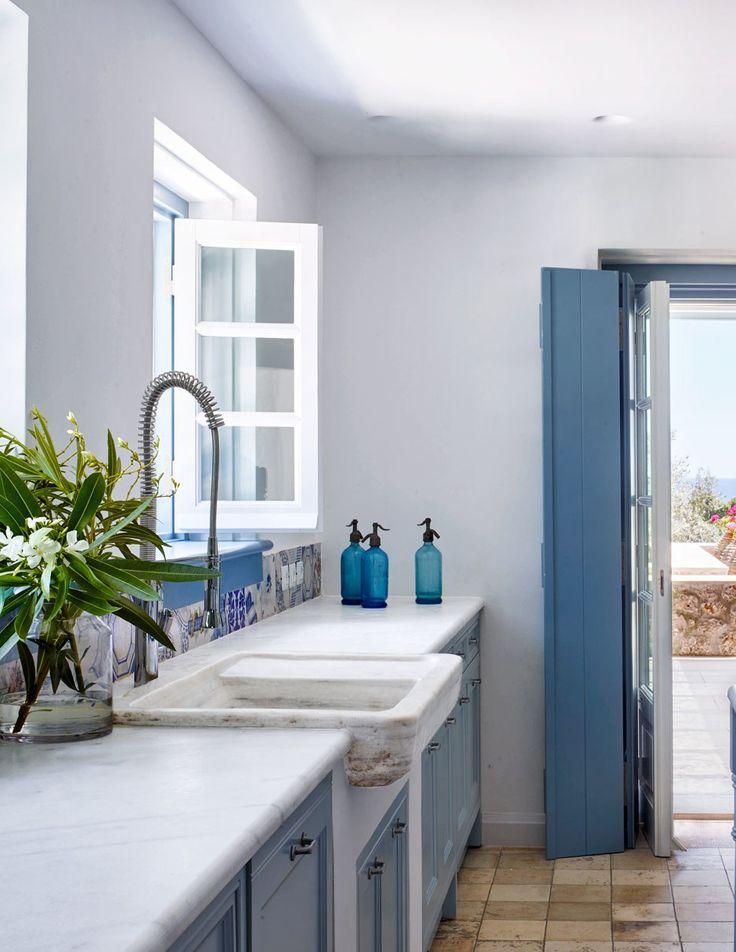 25 best ideas about greek blue on pinterest annie sloan for Greek kitchen designs