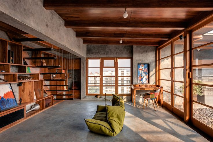 dezeen — Penthouse apartment in India revamped by Studio...