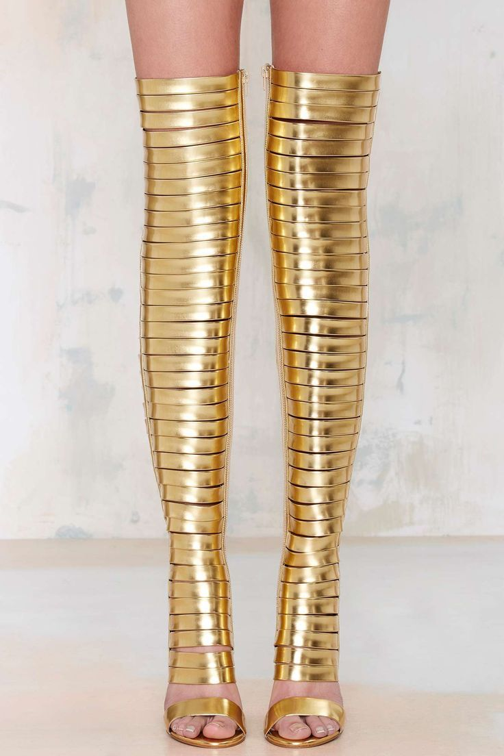 Blinded Thigh-High Heels - a real stunner! #Gold #Fashion