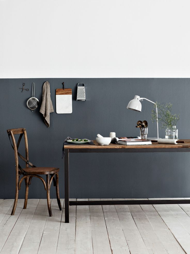 half painted walls, scandinavian interior design via http://www.scandinavianlovesong.com/