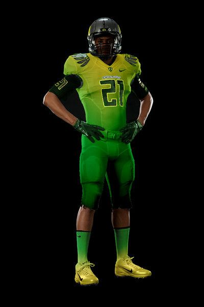 So Nike held their press conference a little early yesterday, because it would seem that they've already changed their minds about the design of the Oregon uniforms for the national[...]