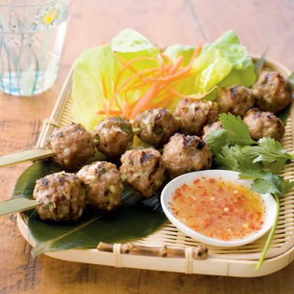 Google Image Result for http://cookinghawaiianstyle.com/images/recipes/1307387759cooking_hawaiian_style_recipes_vietnamese_meatballs.jpg