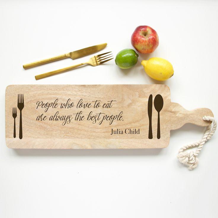 Broodplank People who love to eat are always the best people. Deze mooie tekst gegraveerd op een broodplank staat prachtig op tafel of als decoratie in de..