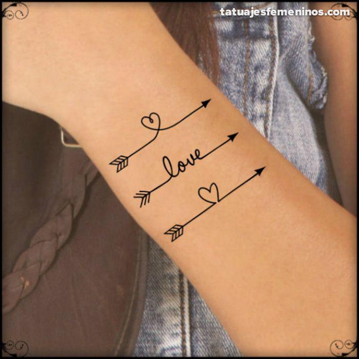 Resultado de imagen para tatuajes flechas espalda