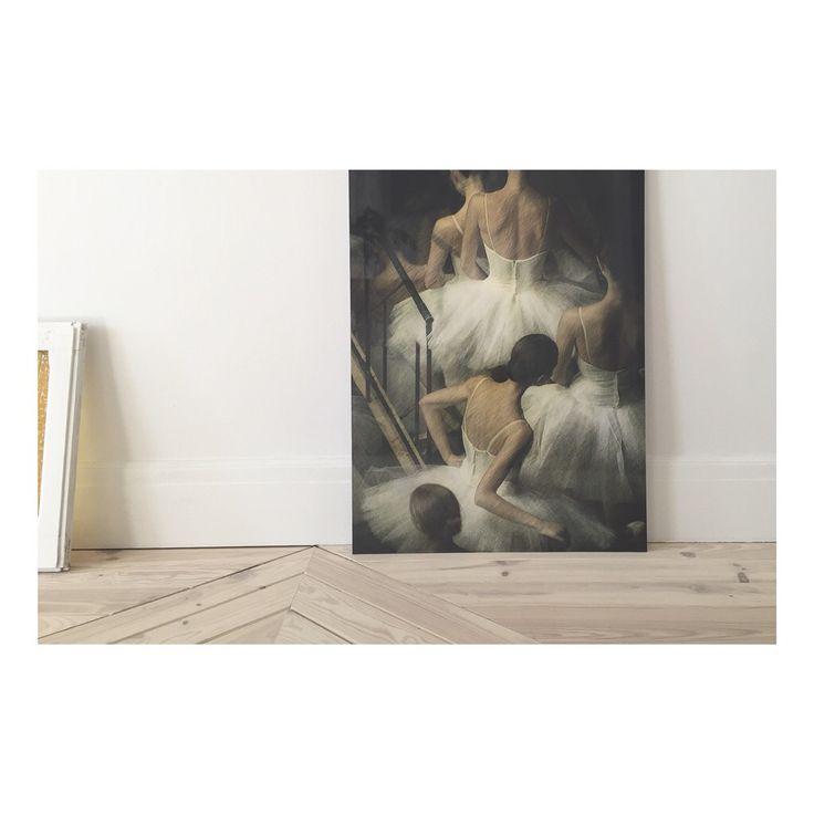 New acquisition #photograhy #art #MarkOlich #interiordesign #wallart #decor www.nosy-parker.com